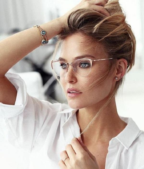 Các kiểu kính cận đẹp cho nữ