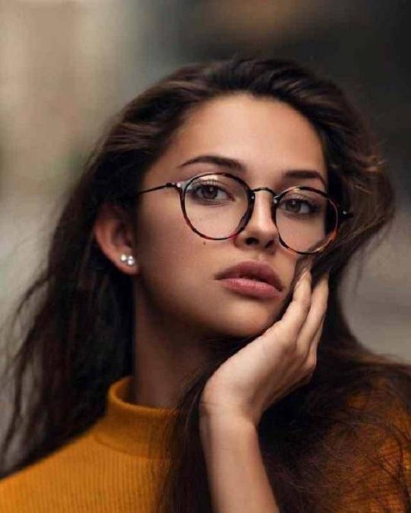 Top 10 gọng kính cận nữ các nàng đang chết mê