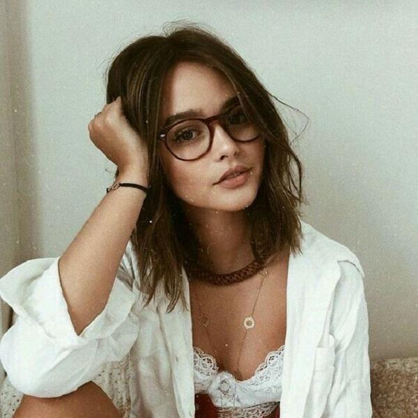 Top 10 gọng kính cận nữ trong suốt
